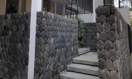 61 Koleksi Gambar Rumah Minimalis Dinding Batu Alam Gratis